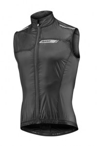 SUPERLIGHTWINDVEST_BLACKFRONT